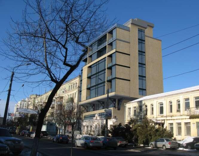 OFFICE BUILDING ON 30, MELNIKOVA, KYIV